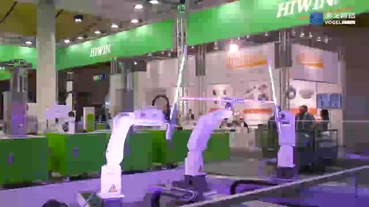 运动控制与系统专家HIWIN在展台展示其运动控制能力